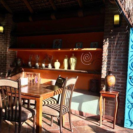 El Grill Restaurant: photo1.jpg
