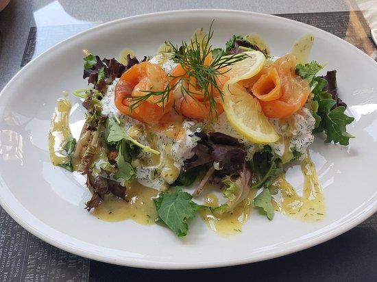 Sölvesborg, Szwecja: Fish & Chips...Lachs und Krabbenbrot
