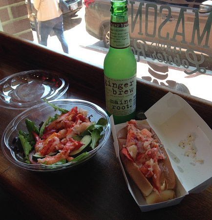 Mason's Famous Lobster Rolls: Amazingly simple and delicious lobster rolls!