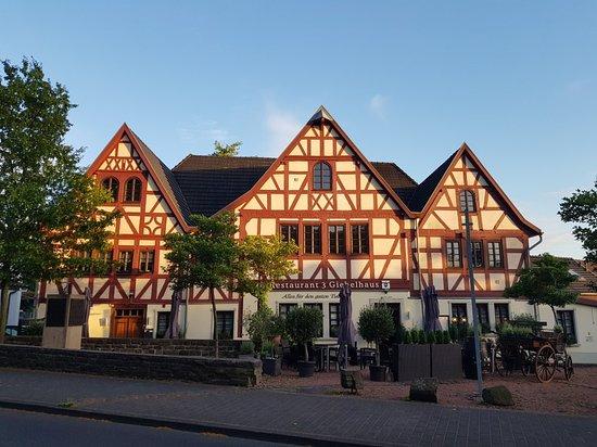 Hennef, Tyskland: 20180617_205754_large.jpg