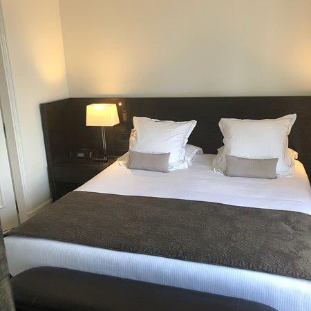 蒙塔龙贝酒店照片