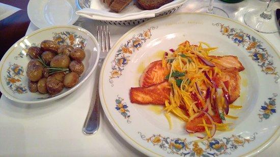 Cantinetta Antinori: salmone