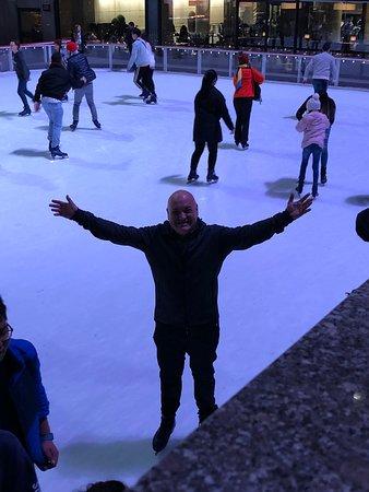 El vértigo del hielo y el placer de deslizarse sobre el