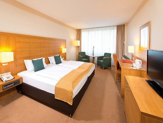 Walldorf, Germany: Guest room