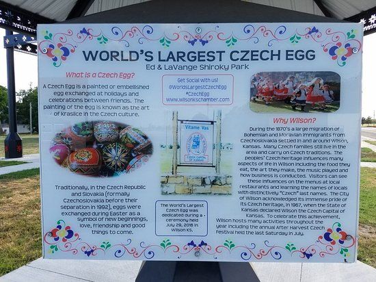 World's Largest Czech Egg: Czech Egg