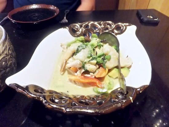 My Thai & Noodle: The Seafood Chicken Green Curry