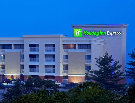 Holiday Inn Express Cincinnati West: Exterior