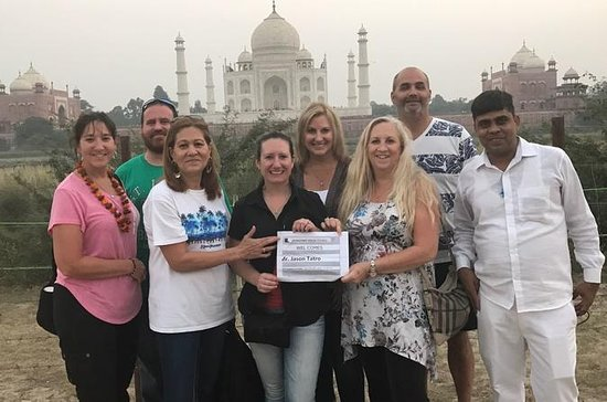 Golden Triangle Tour 3 days with Hotel