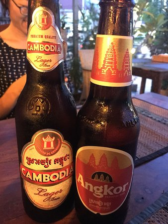 Madam Moch Khmer Restaurant : the $1 beer