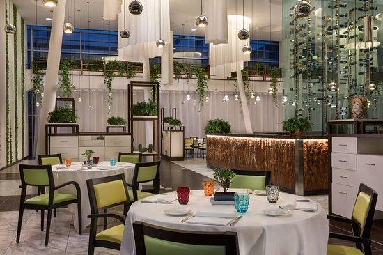Sheraton Milan Malpensa Airport Hotel & Conference Centre: Restaurant