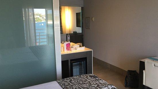 Barcelo Hamilton Menorca: Baño integrado
