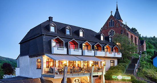 Trassem, Jerman: Hotel mit Restaurant-Terrasse