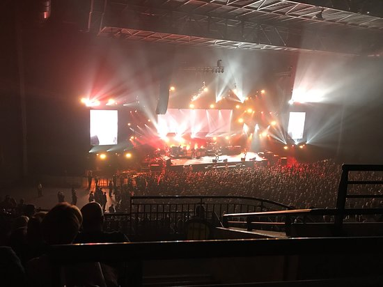 first direct arena: Light Show