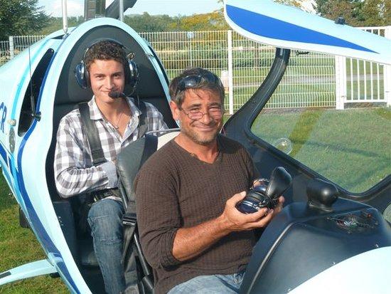 Saint-Etienne-de-Saint-Geoirs, France: Formation de pilote