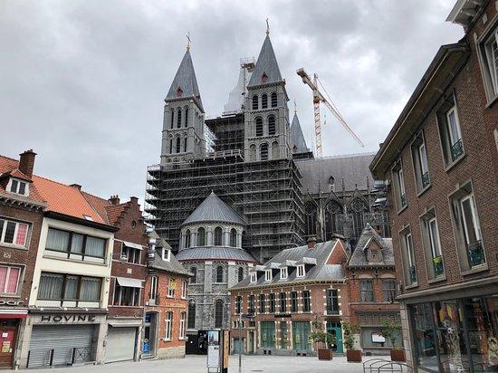 写真Notre Dame Cathedral in Tournai枚