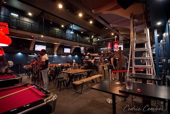 Le Bar à Pintes
