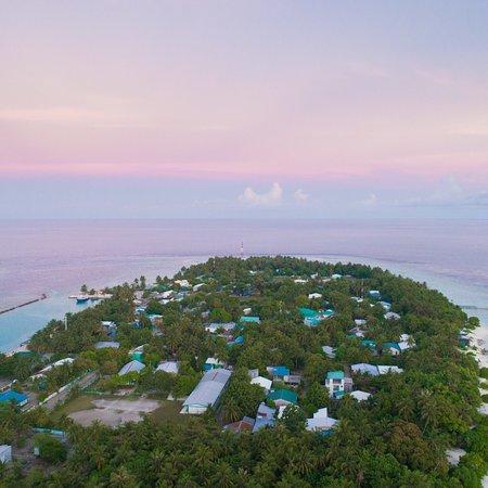 Omadhoo Island: Kirulhiya Maldives