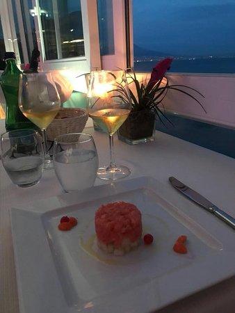 'A Fenestella: cena con vista incantevole