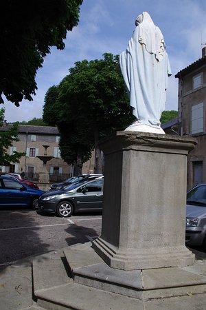 Cuxac-Cabardes, France: parking à 2 pas de la maison d'hotes