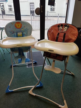 Attleborough, UK: Highchairs for your little ones!