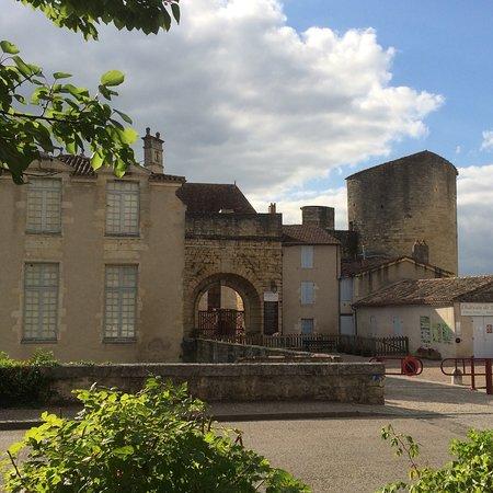 La Terrasse du Chateau de Duras