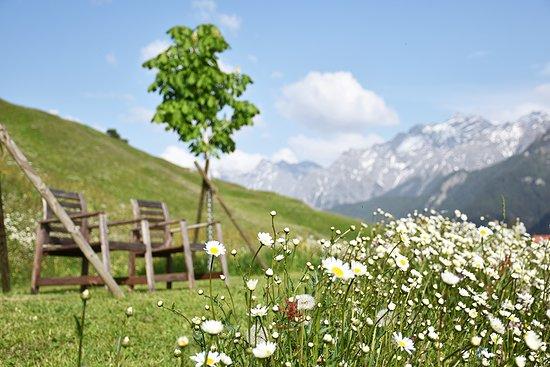 Guarda, Switzerland: Gartensitzplatz