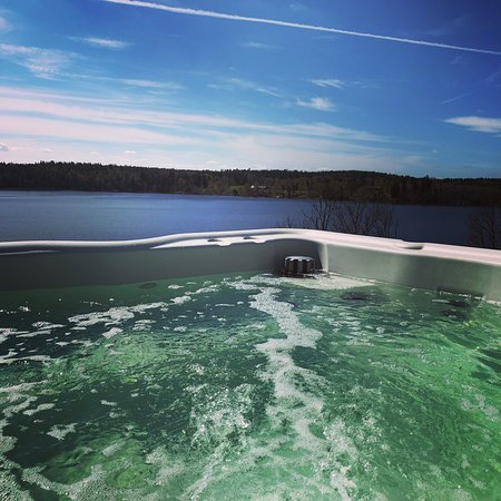 Vagnharad, Sverige: Jacuzzi open all year.