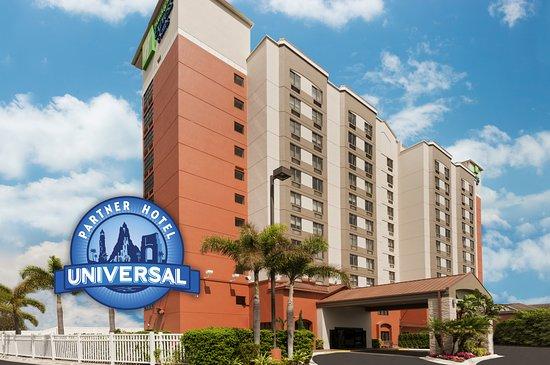 holiday inn express hotel suites universal studios. Black Bedroom Furniture Sets. Home Design Ideas