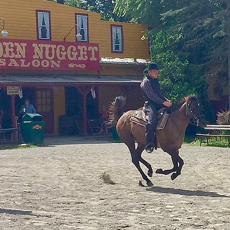 Stanhope, NJ: Bill Thompson riding out of town on his trusty steed Magic!
