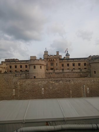 Tower of london 2018 all you need to know before you go with tower of london 2018 all you need to know before you go with photos tripadvisor solutioingenieria Image collections