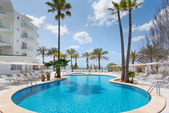 HSM Golden Playa pool