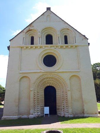 Church of St Mary the Virgin: St Marys church at Iffley