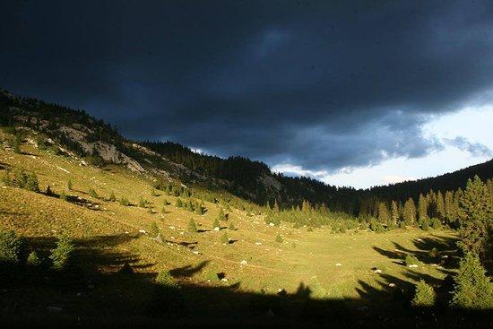 Sveti Juraj, Κροατία: Velebit Landscape by Krunoslav Rac
