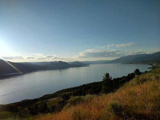 Munson Mountain : Okanagan Lake