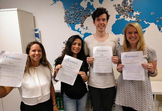 Spaneasy: ¡Enhorabuena, examen aprobado!
