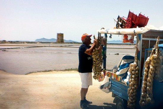 Paceco, Italia: Vecchietto con la lappa