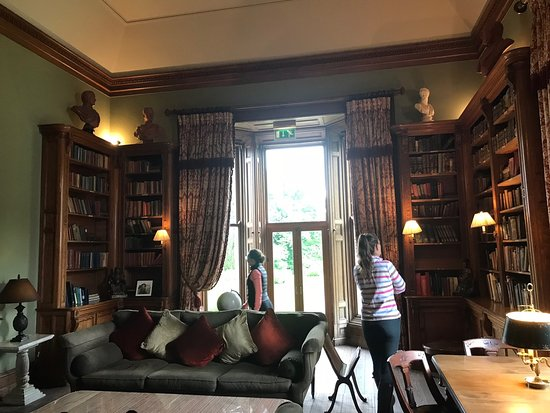 Glaslough, Irland: Library