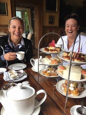 Glaslough, Irland: Afternoon tea!