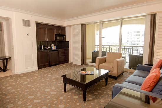 The Atlantic Hotel & Spa: City View One Bedroom Suite Living Room