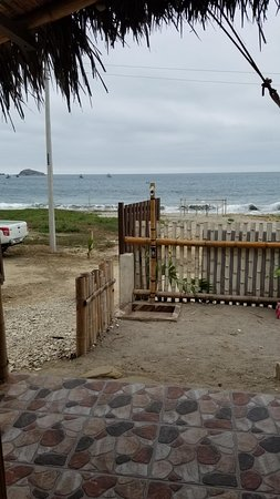 Machalilla, Ecuador: Beach not to far away