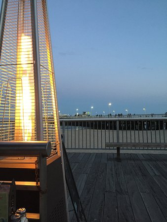 Ideal Bar & Grill: Great view
