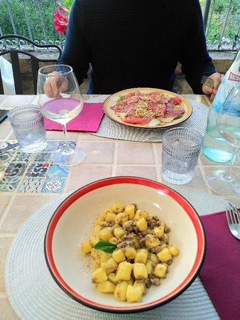 Paciano, Włochy: IMG_20180618_202118_large.jpg
