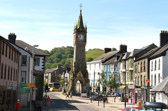 Machynlleth, UK: An impressive clock
