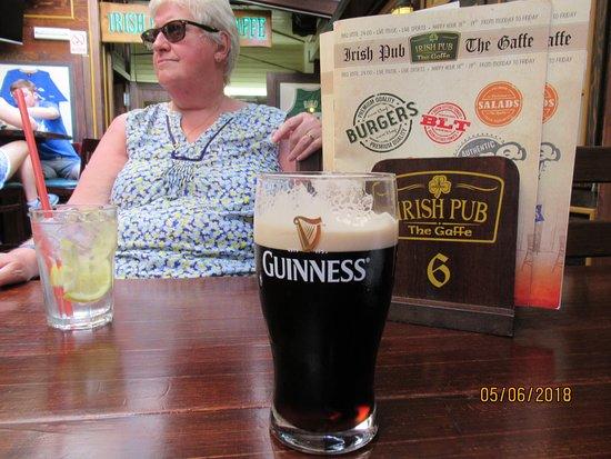 The Gaffe Irish Pub: No 2 pint
