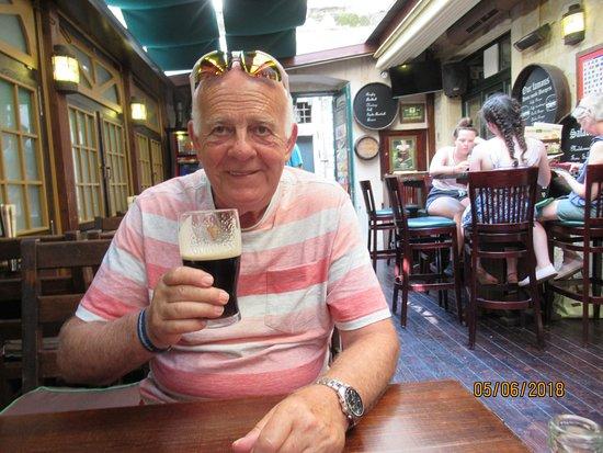 The Gaffe Irish Pub: No 3 pint