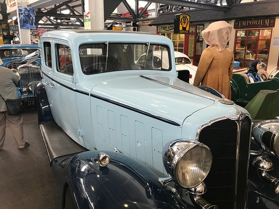 Lakeland Motor Museum: Lovely