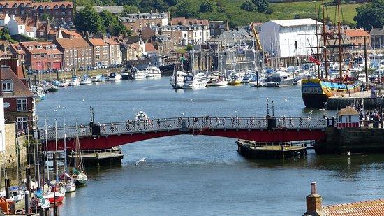 Swing Bridge: General View