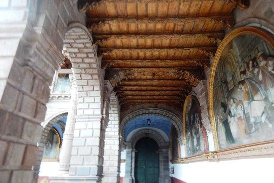 Church and Convent of Our Lady of Mercy (Iglesia de La Merced): Corredor interno