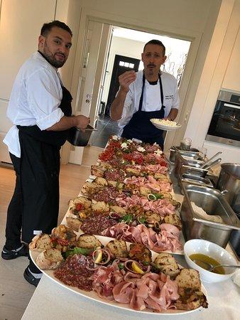 Campo de Fiori: Marcello and Fabio prepare the antipasto.