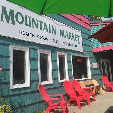 写真Mountain Market & Spirits枚